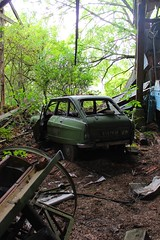 Citroen Ami 8 berline 1 - T (08) (Raphael Drake) Tags: epave voiture wreck car abandonne abandoned decay decayed rurex barn citroen ami 8 ami8