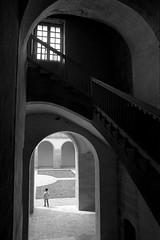 Abbaye de Caunes-Minervois (Philippe_28) Tags: caunesminervois aude languedoc france europe 11 24x36 abbaye abbey monastère argentique analogue camera photography film 135 bw nb