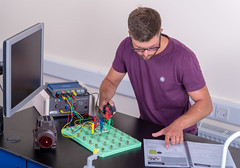 _RMN2766.jpg (www.dataharvest.co.uk/) Tags: sciencestem flowgo smart datalogging bench classroom electronics cnc maths international primary science matrix vlog allcode university dataharvest schools technology edutec scratch software locktronix engineering experiments secondary
