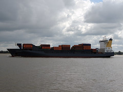 Charlotta B (IMO 9432232) (Parchimer) Tags: containerschiff containership cargovessel schiff ship elbe bützfleth