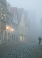 Oltre la nebbia (Alex Switzerland) Tags: rothenburg street canon eos 6d architecture architectur darkness fog mist autumn summer estate germania deutschland focus people light landscape landschaft morning atmosphere atmosfera