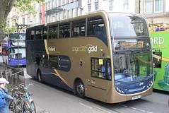 SO 15964 @ Magdalen Street, Oxford (ianjpoole) Tags: stagecoach oxfordshire scania n230ud alexander denis enviro 400 yn14pkk 15964 working gold route s1 george street oxford thorney leys witney