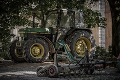 Traktor - John Deere 2850 (Werner Thorenz) Tags: johndeere2850 johndeere traktor trecker tractor schlepper zugmaschine traktorpulling gutwolfsaap bauernhof farm düsseldorf