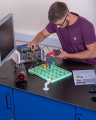 _RMN2775.jpg (www.dataharvest.co.uk/) Tags: sciencestem flowgo smart datalogging bench classroom electronics cnc maths international primary science matrix vlog allcode university dataharvest schools technology edutec scratch software locktronix engineering experiments secondary