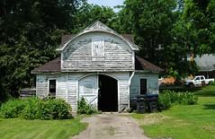 Garage in Endeavor, Wisconsin (Cragin Spring) Tags: wisconsin garage wi midwest unitedstates usa unitedstatesofamerica driveway endeavor endeavorwi endeavorwisconsin marquettecounty