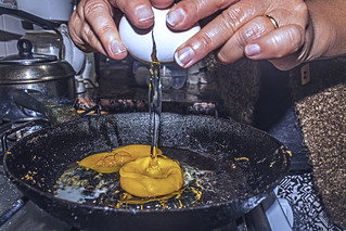 Starry eggs / Huevos estrellados