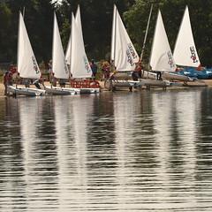 Boats at Dinton Pastures (rq uk) Tags: rquk nikon d750 dintonpastures nikond750 afsnikkor70200mmf28efledvr afsteleconvertertc14eiii boats reflections sails water