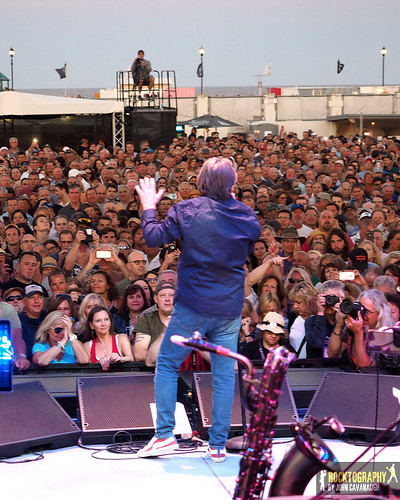 """2018-07-07 Southside Johnny & the Asbury Jukes • <a style=""""font-size:0.8em;"""" href=""""http://www.flickr.com/photos/139848974@N07/43336427322/"""" target=""""_blank"""">View on Flickr</a>"""
