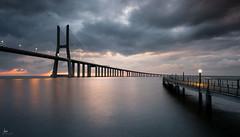 Vasco de Gama (iurgi.) Tags: bridge portugal lisboa lisbon amanecer sunset puente viajes travel photography iurgifotografiacom ciudad arquitectura