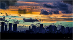 Dawn colors. (Aglez the city guy ☺) Tags: downtownmiami earlyinthemorning early sunrise cityscapes miamicity exploration colors clouds urban architecture building