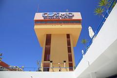 cosmo (Rasande Tyskar) Tags: morro jable fuerteventura islascanarias canaryislands canarias kanarischeinseln kanaren canary building sky gebäude himmel architecture shopping center