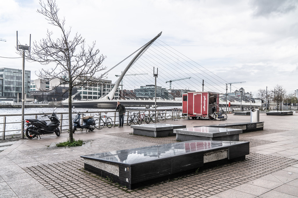 VIEWS OF THE SAMUEL BECKETT BRIDGE [APRIL 2018]-138415