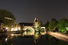 Nürnberg bei Nacht (silbel22) Tags: brücke nacht langzeitbelichtung fluss spiegelung