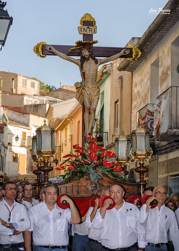 "(2018-06-22) - Vía Crucis bajada - Luis Poveda Galiano (07) • <a style=""font-size:0.8em;"" href=""http://www.flickr.com/photos/139250327@N06/28285085337/"" target=""_blank"">View on Flickr</a>"