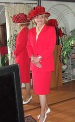 Lady in red (Marie-Christine.TV) Tags: feminine transvestite lady mariechristine tgirl tgurl style ascot horsetrack race skirtsuit businesssuit hat hut kostüm pferderennen