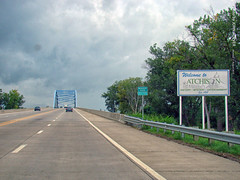 Ready to cross Missouri River, 21 Aug 2017 (photography.by.ROEVER) Tags: missouri drive driving driver driverpic ontheroad road highway august 2017 august2017 eclipse solareclipse totaleclipse totalsolareclipse us59 bridge missouririver atchison ameliaearhartbridge buchanancounty usa