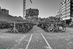 A Construction site in Zaandam. (PhotoTJH) Tags: phototjh phototjhnl urban street bouwplaats construction site bw zwartwit monochrome hdr zaandam crane hijskraan zaanstad inverdan straat hsb hsbbouw