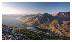 Ogwen Sunrise (Ollie Pocock) Tags: landscape landscapes mountainscape mountain hills uk northwales wales tryfan mountains snowdonia