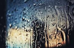 * (PattyK.) Tags: ioannina giannena giannina epirus greece grecia griechenland hellas ellada whereilive snapseed amateurphotographer nikond3100 2018 summer ιωάννινα γιάννενα ελλάδα rain raindrops rainyweather summerrain iloverain ipiros balkans ήπειροσ βαλκάνια europe καιρόσ βροχερόσκαιρόσ καλοκαιρινήβροχή σταγόνεσ παράθυρο afternoon dusk beforedark sky athome απόγευμα σούρουπο ηλιοβασίλεμα sunset sunsetcolours