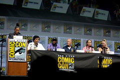 Yvette Nicole Brown, M. Night Shyamalan, Samuel L. Jackson, Bruce Willis, Sarah Paulson & Anya Taylor-Joy (Gage Skidmore) Tags: yvette nicole brown m night shyamalan samuel jackson bruce willis sarah paulson anya taylor joy glass san diego comic con international 2018 convention center california