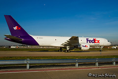 N999FD FedEx | Boeing 757-230(SF) | Memphis International Airport (M.J. Scanlon) Tags: 757200 757230sf absolutelypositivelyovernight air airitaly aircastle aircraft aircraftspotter aircraftspotting airliner airplane airport aviation boeing boeing757200 boeingcapitalcorporation canon capture cargo condor dabjw dabnd digital dutchbird eiiga eos fedex federalexpress flight fly flying freight freighter haul iaiga image impression jet jetliner logistics mem memphisinternationalairport mojo n298ba n493ac n999fd phdbh packages perspective photo photograph photographer photography picture plane planespotter planespotting scanlon spotter spotting super theworldontime view wow ©mjscanlon ©mjscanlonphotography