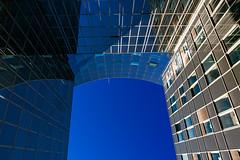 Sans dessous dessus (fidgi) Tags: lille architecture reflet reflection abstract abstrait ciel sky bleu blue urban urbain ombre shadow lumière light canon canoneos5dmk3 tamron lignes courbes curves lines