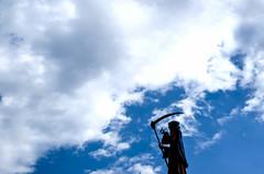 Wrong Turn (CoolMcFlash) Tags: sky cloud humor negativespace vienna prater death grim reaper fujifilm xt2 silhouette himmel wien sensenmann tot kontur wolken fotografie photography xf35mmf14 r