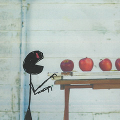 Apple Love (LittleFears) Tags: fiction flashfiction writing shortstory humour humor funny art illustration doodle