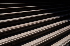 DTLA - The Edge of Light_1223 (www.karltonhuberphotography.com) Tags: 2018 angle architecturaldetails boundry citystreets downtown edge exterior karltonhuber light lines losangeles pattern shadows southerncalifornia stairs steps streetphotography streetscape urban