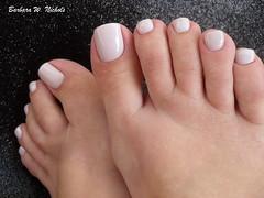 Colorama - Quem Nunca? (Barbara Nichols (Babi)) Tags: pés pésesmaltados quemnunca colorama clean feet nails