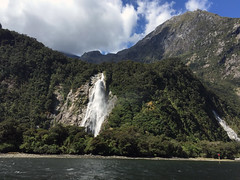 Milford Bowen Falls (syf22) Tags: newzealand kiwi downunder southisland southernalps mountains hill rock water watercourse waterfalls falls rush downrush milfordsound