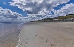 Utah Beach - plage du Débarquement (1) (Cri.84) Tags: utahbeach normandie dday seascape normandylandings nuage operationoverlord