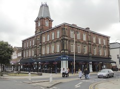 Sir Henry Seagrave - Southport (garstonian11) Tags: pubs wetherspoons realale merseyside southport gbg2018 camra