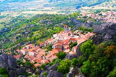 Monsanto (António José Rocha) Tags: portugal beirabaixa monsanto aldeia pedras telhados árvores igreja casas relva cores verde aldeiahistórica aaldeiamaisportuguesadeportugal