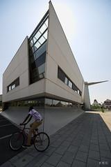 20180506_145756_21_v1L_4K+ (jmi.eck) Tags: triangle huningue street architecture lignes lines superwideangle vélo bicycle geometry irix15mmf24blackstone aficionados pentaxk1