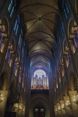 Lumières intérieures (ben.bourdon) Tags: paris france capitale urbain ville centre cathedrale notre dame batiment edifice arches