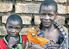 Friends (Gary Grossman) Tags: villagers children africa tukuyu tanzania teens kambesagala village portrait garygrossmanphotography africabridge portraitphotography villagelife