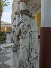 Korfoe, mei 2018 (Okke Groot - in tekst en beeld) Tags: standbeelden sculpturen achilleion korfoe paleizen gastouri griekenland