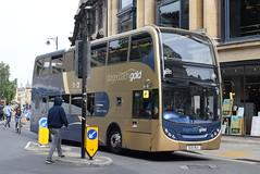 SO 15618 @ Magdalen Street, Oxford (ianjpoole) Tags: stagecoach oxfordshire scania n230ud alexander dennis enviro 400 ou10bgx 15618 passing magdelen street service