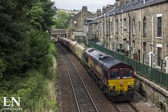 Mossley Shed (Bluke's Photography II) Tags: dbs db cargo schenker class 66 66156 shed mossley