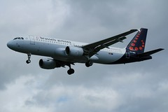 OO-SNG (IndiaEcho Photography) Tags: oosng brussels airlines airus a320 london heathrow international airport lhr egll airfield civil aircraft aeroplane jet airliner canon eos 1000d hounslow hatton cross middlesex england