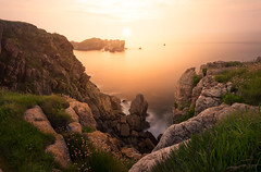 magic sunset (cfaobam) Tags: wasser stein stone landscape landschaft europe europa nature national geographic cfaobam water travel photography magic light rock meer steine felsen spanien spain felsformation ozean ufer küste sea sunset sonnenuntergang kantabrien globetrotter