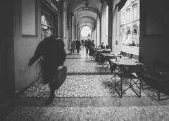 Rush (Pavel Valchev) Tags: bologna italia italy street stm is canon sony ilce apsc viltrox wideangle a6300