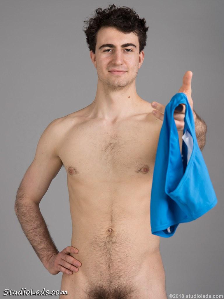 amateur nude dude hairy pubes