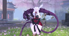 Nyans and Dragons? (JᴜɴɪღWʜʏʙᴏʀɴᴇ) Tags: asian second life sl noobography amateur pale albino neko cat kitten dragon korean japan chinese china aii ugly beautiful white hair tails ears tail virtual reality oriental