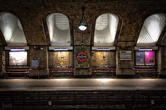 Baker Street Underground Station, London, UK (KSAG Photography) Tags: city station underground tube publictransport railway london capital urban landscape europe england britain uk unitedkingdom nikon 35mm july 2018 summer sherlockholmes arches londonunderground