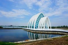 Tainan (su4jsus) Tags: taiwan asia taipei tainan south beach salt historic crystalchurch architecture