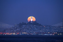 Silent Moonrise behind the Coit Tower (milton sun) Tags: moonrise coittower fortbakerfishingpier sausalito marlincounty dusk seascape bay ngc bayarea wave ocean shore seaside coast california westcoast pacificocean landscape outdoor clouds sky water hills sea nightphotography nightscene moonlight