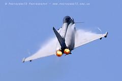 0124 Typhoon (photozone72) Tags: aviation airshows aircraft airshow yeovilton yeoviltonairday jets canon canon7dmk2 canon100400f4556lii 7dmk2 raf typhoon raftyphoondisplay eurofighter