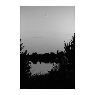 💕 . . . . . #shootfilm #filmphotography #bw #bwfilm #streetphotography #filmcommunity #nikon #nikkor #nikonf2 #micronikkor #nikkor50mm #fomapan #foma #fomapan100 #fomapan100 @400 @fomapanfilm @adox_official #rodinal #push #pushfilm #borderlands